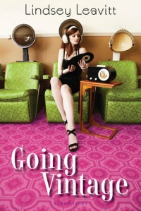 Book cover for Going Vintage by Lindsey Leavitt